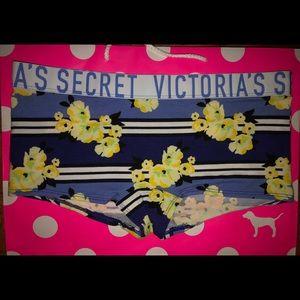 NWT VICTORIA SECRET PANTY